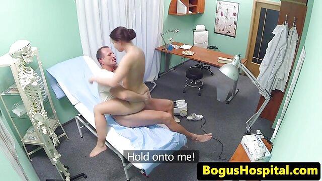 Dziewczyna straciła cały szereg amatorskich filmów amatorskie filmy porno darmowe porno