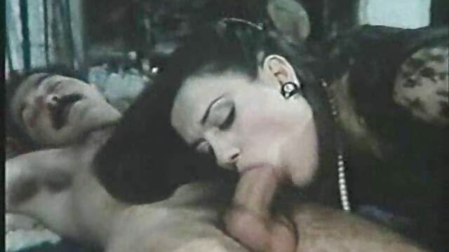 Młoda amatorskie filmy erotyczne za darmo dziewczyna dobry przepływ krwi
